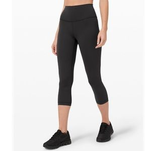 NWOT lululemon wunder under train crop leggings 6